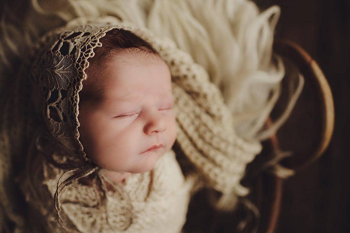 Newborn Girl Cream Lace Bonnet