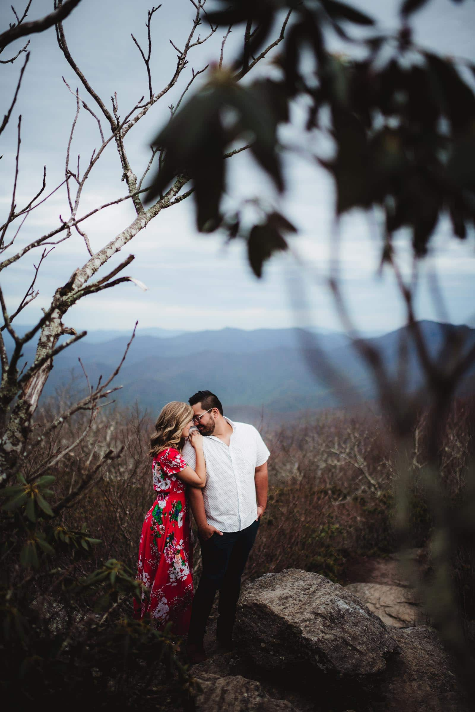 couple on a mountaintop in the Smokey Mountains