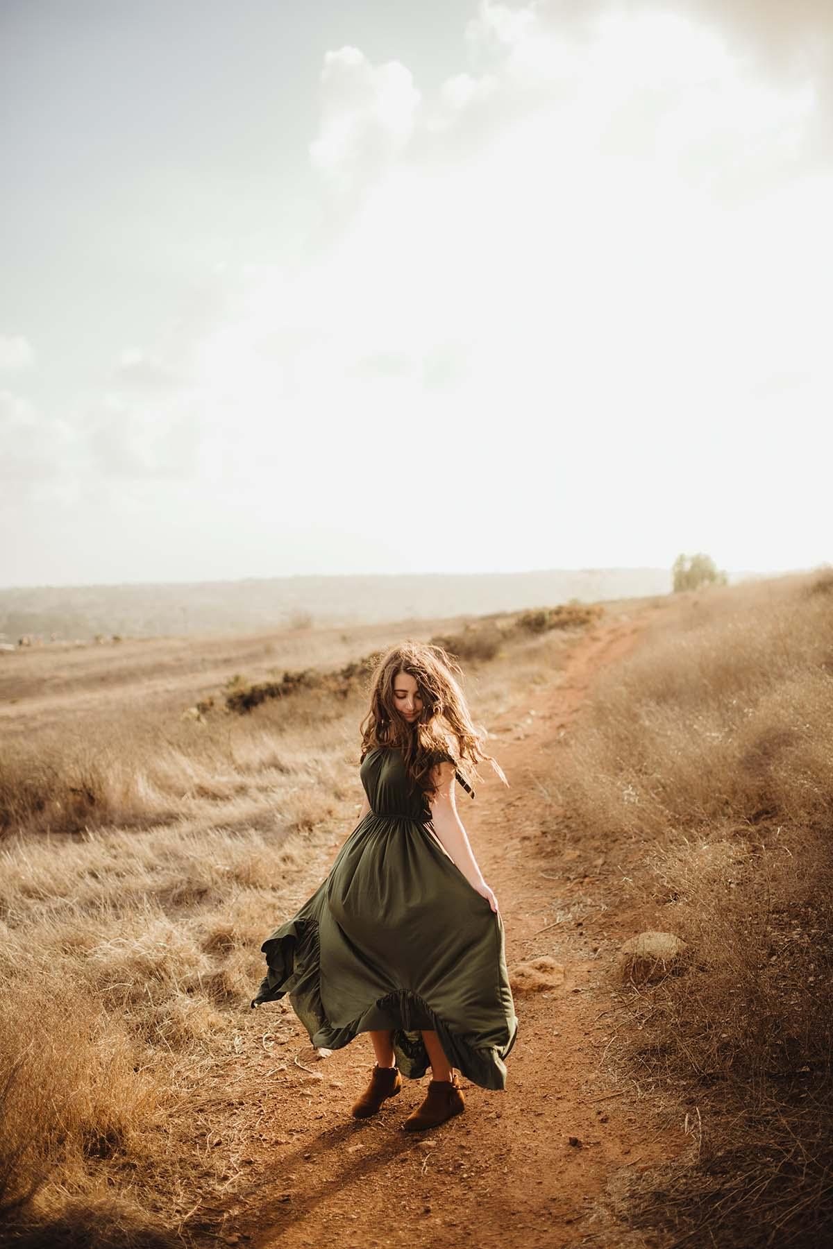 senior girl in the desert
