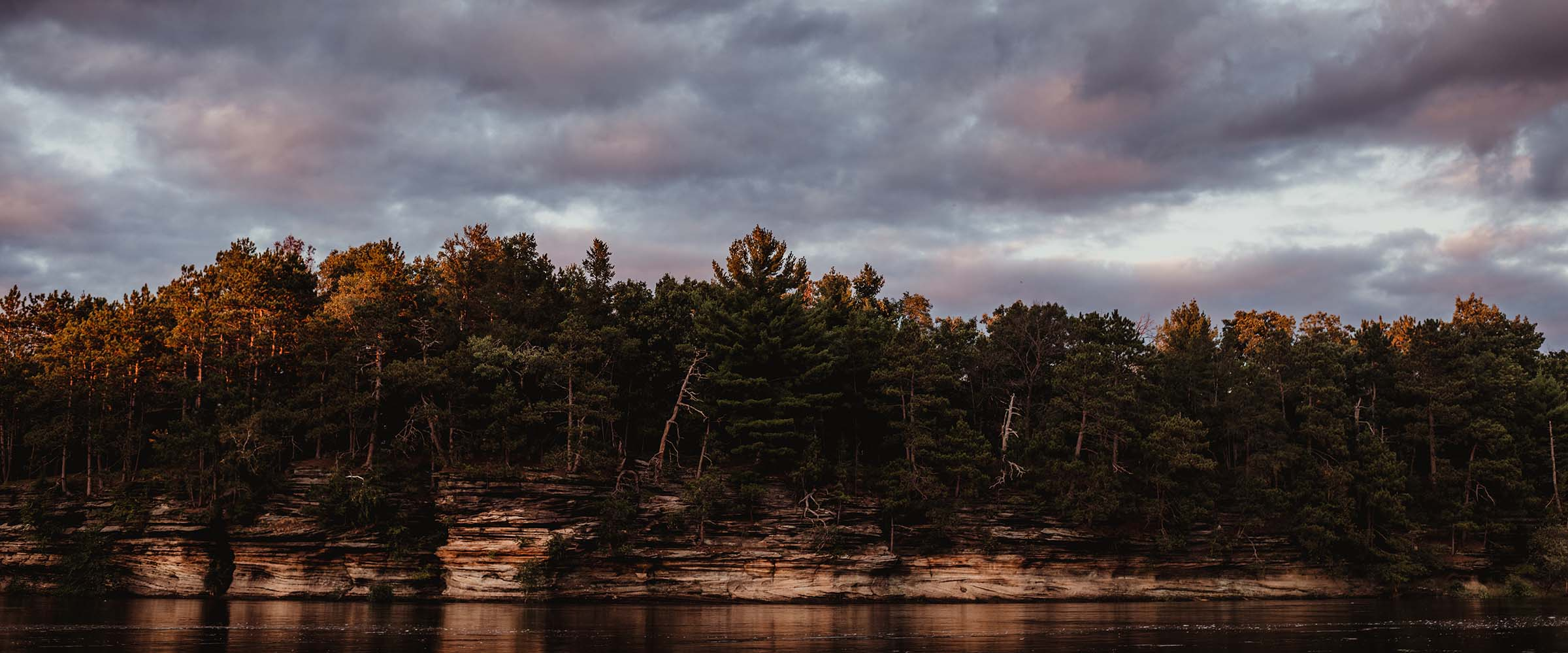 dells shoreline at sunset