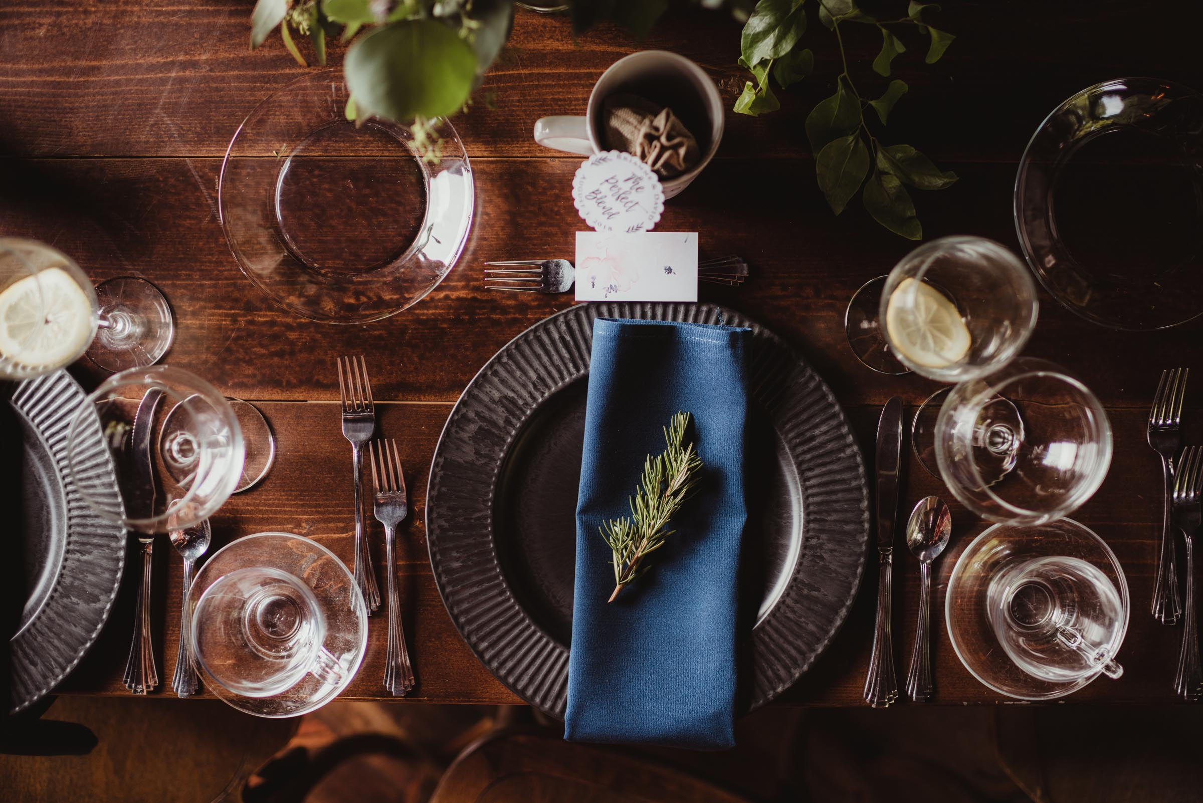 tables cape wedding detail with blue napkins