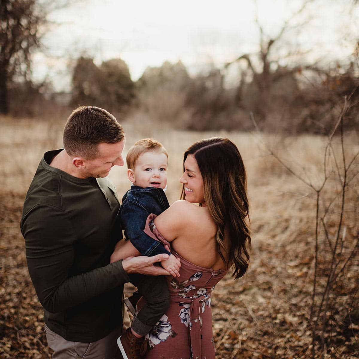 Shooting a Complete Family Session with a young family