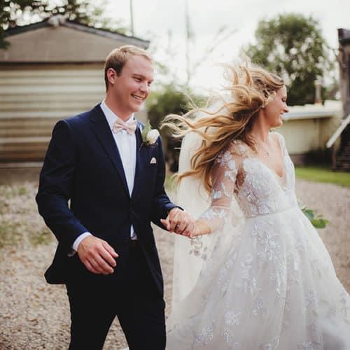 wedding motion poses